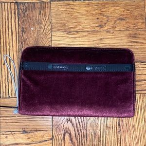 NWOT lesportsac plum and black zip wallet